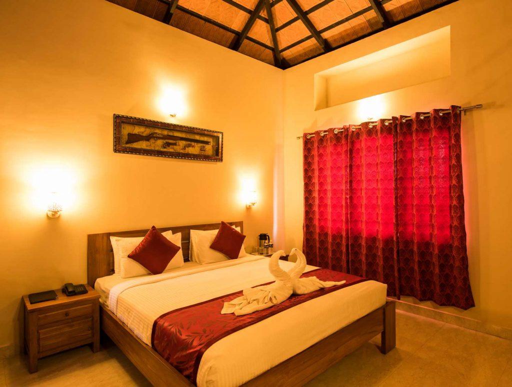 Villas King Size Bed